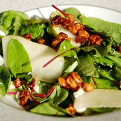 Roquefort Pear Salad Tangy Roquefort blue cheese, fruity sliced pear, creamy avocado, and crunchy candied pecans are all pulled together with a mustard vinaigrette. This recipe is ready in 30 minutes and serves 6.