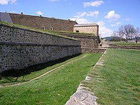La Ciutadella de Montlluís és una fortificació que es troba a Montlluís, a la comarca de l'Alta Cerdanya, a la Catalunya Nord. Des del 2008 és categoritzada, junt amb la de Vilafranca, com a Patrimoni de la Humanitat per la UNESCO amb el nom de Fortificacions de Vauban