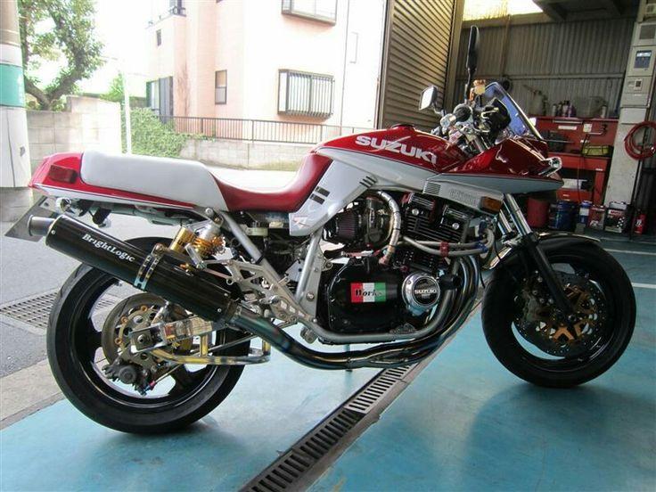 ZuMax | Suzuki cafe racer, Suzuki bikes, Motorcycle