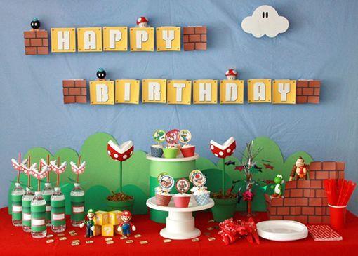 Festa Super Mario Bros, linda, colorida e cheinha de cogumelos e moedinhas de ouro.