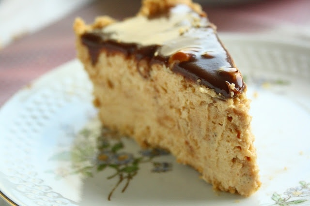 Peanut Butter Pie This was really good.....plus I crushed up almonds ...