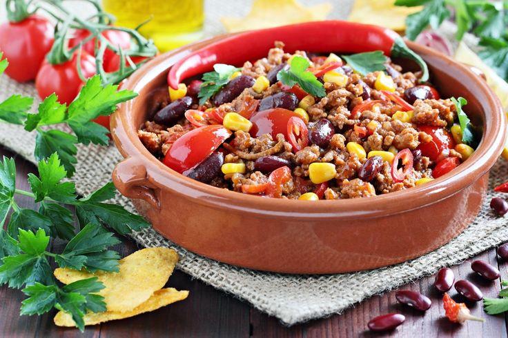 Recette de Chili con carne allégé et épicé. Facile et rapide à réaliser, goûteuse et diététique. Ingrédients, préparation et recettes associées.