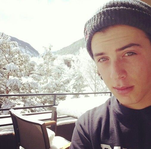 Snow selfie *_* Mark McMorris