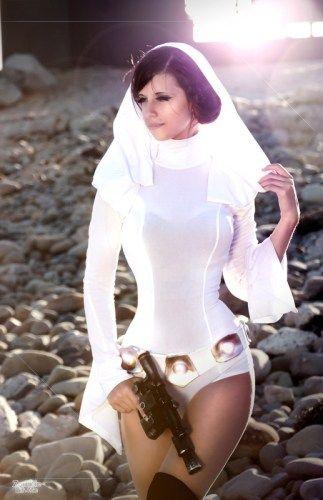 Beautiful Princess Leia Cosplay by Zombie Bit Me ZombieBitMe