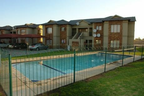 Newly built townhouse in upmarket 24 hour strictly controlled guarded estate. Communal pool. Neighborhood: Helderwyk Price: R650,000 Views: Picturesque Floors \ StoreysSingle Year Built: 2010 Accommodation sq_m: 55