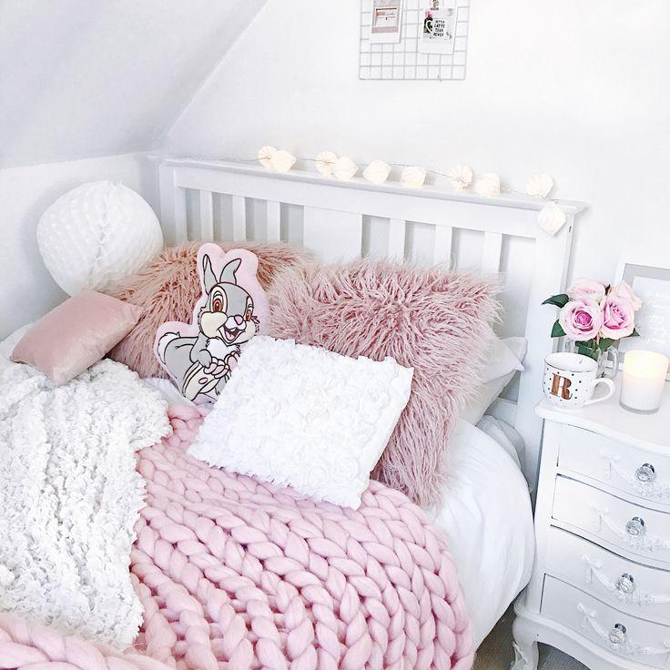 Cosy bedroom vibes