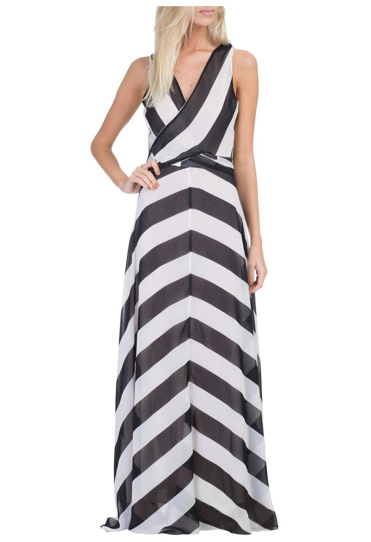 Vestido sereia listrado preto e branco