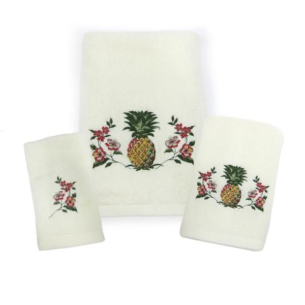 Pina Colada Towels | Croscill  #bath #bathtowels #towels #bathroom #pinacolada #pineapple #tropical