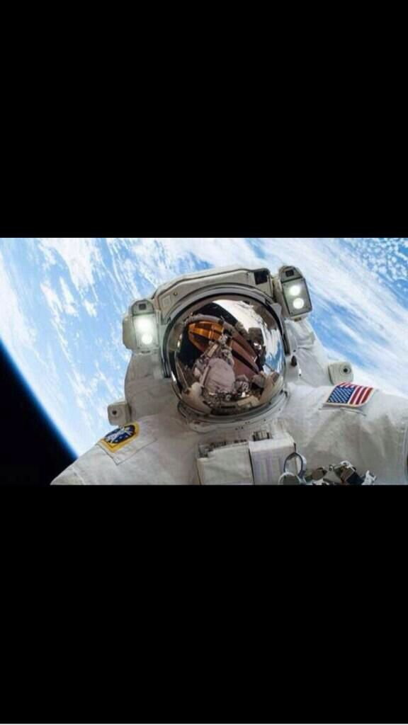 #100happydays day 64 #spacelive best selfie ever?