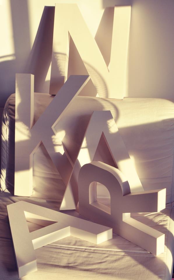 3D cardboard letters http://projektslub.blogspot.com/