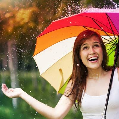During mansoons weather is so much hot and humid and due to high moisture in air skin becomes oily,greasy and prone to pimples.Here is some skin care tips to follow during rainy season. Use hot wat…