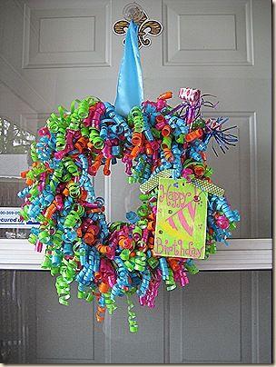 Happy Birthday! So cute.Happy Birthday, Birthday Parties, Ribbons Wreaths, Cute Ideas, Birthday Wreaths, Parties Wreaths, Parties Ideas, Ribbon Wreaths, Curly Ribbons