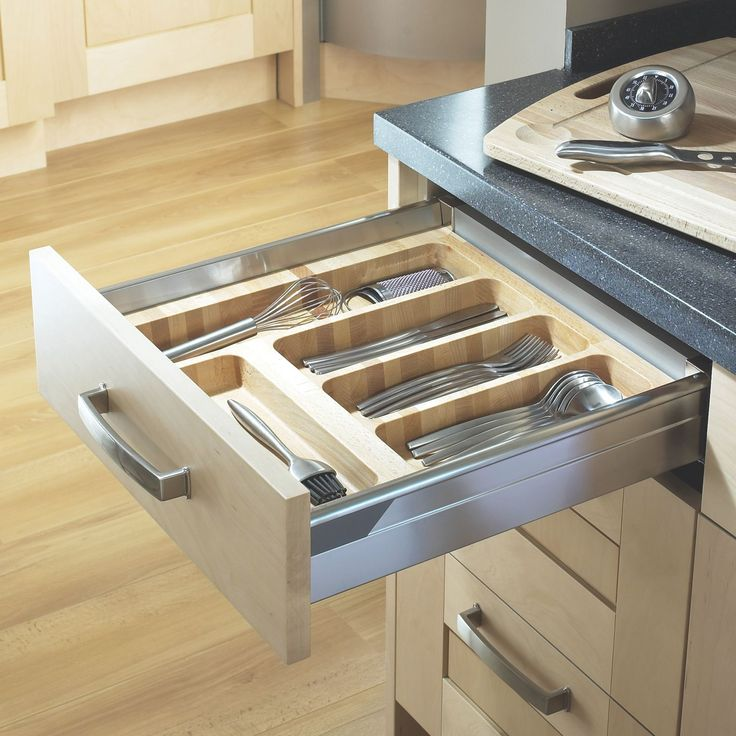 Continue the wood theme inside your kitchen drawers with these Cooke & Lewis Beech Effect Wood Kitchen Utensil Tray
