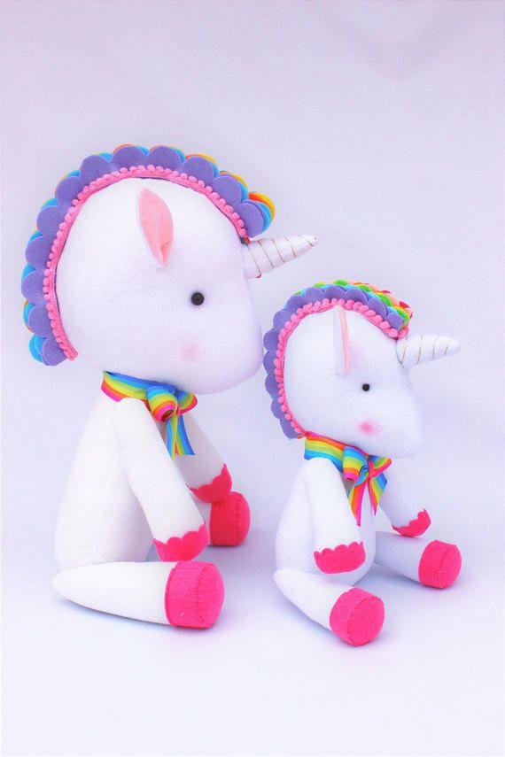 Peluche Unicornio arco iris decoración fiesta unicornio