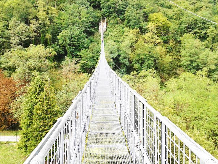 Sospesi nel vuoto a San Marcello Pistoiese - http://www.girosognando.it/2017/03/15/visitare-ponte-sospeso-san-marcello-pistoiese/