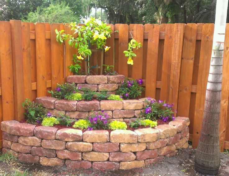 corner landscaping | New Fence | Pinterest