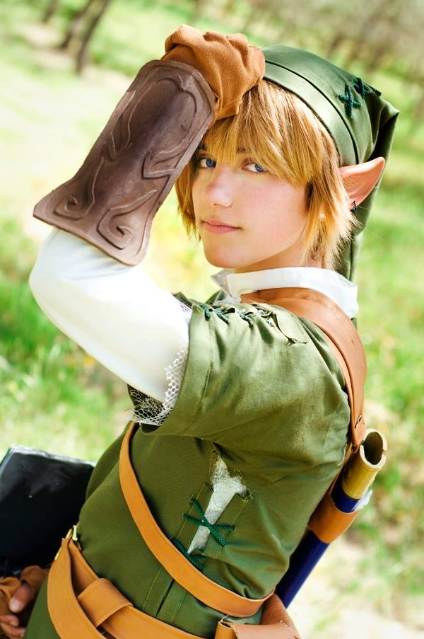 One of the cutest Link cosplays I've ever seen! Found through a contest hosted by Living Ichigo. Cosplayer: JustBeFriend