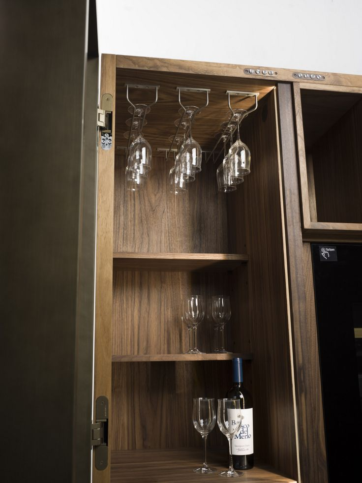 Cambusa glass riva 1920 sideboards madeira e bar for Martinel mobili
