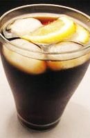 Recette Cocktail Calimutcho (Calimucho). Boisson très consommée lors des fêtes de Bayonne. Dans la région du centre du Portugal ce cocktail est connu sous le nom de...