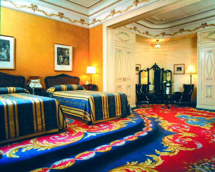Alfombra de suite junior hotel ritz de madrid alfombras for Alfombras pena