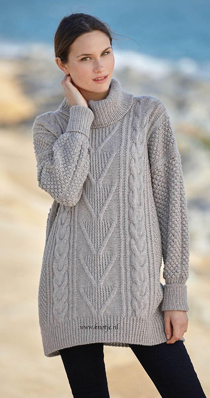 Breien. Deze prachtige trui maakt u met de Katia Concept Cashmere 30. Katia Cashmere 30 is een garen uit de conceptcollectie van Katia. Het bestaat voor 70% uit Merino wol en 30% uit Kasjmier.  Model en patroon staan beschreven in het patronenboek Katia Concept No. 2 (Model 34, blz 29) Katia CONCEPT 2 pag 29akopie.jpg