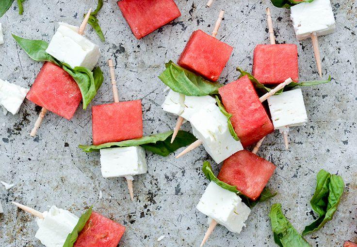 Forfriskende lille snack med melon og feta til festerne, der afholdes i sommertiden.