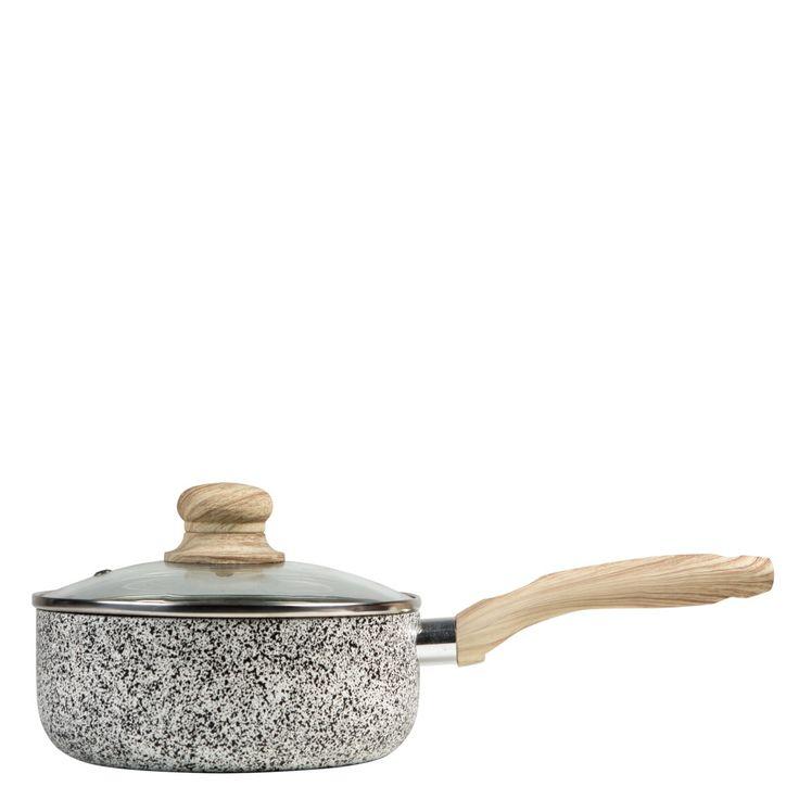 Gryte i steinimitasjon med trehåndtak, perfekt til sauser.