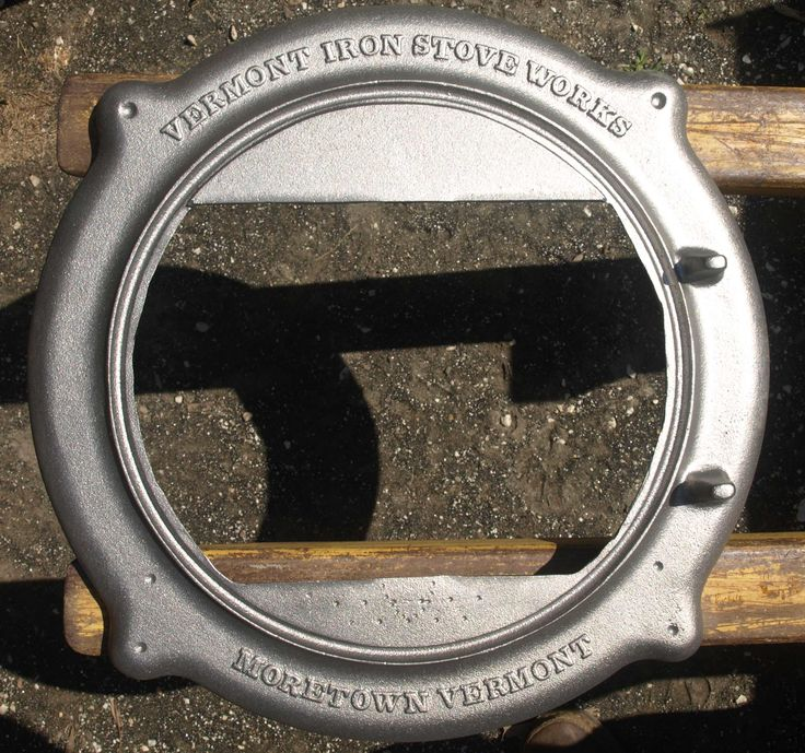 Gietijzeren deur ring van de #Vermont Iron Stove Elm houtkachel. - 9 Best Vermont Elm Wood Stove Images On Pinterest Vermont, Wood