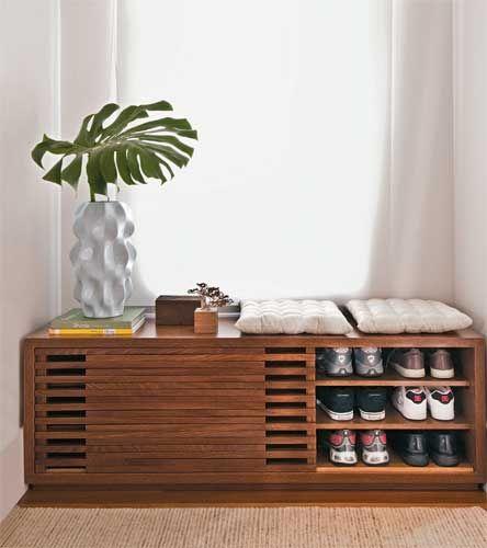 arquitrecos - blog de decoração: Sapateira na sala é muito prático (e pode ser bonito...)