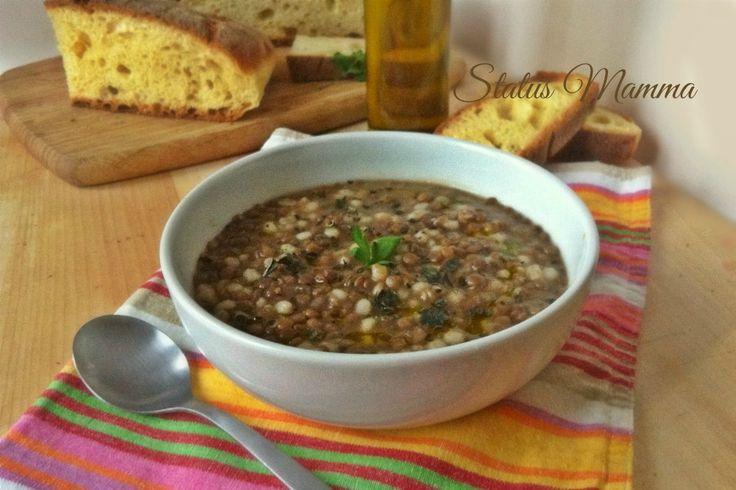Oggi dire fa freddo è dire poco non c'è di meglio che una minestra calda come questa con lenticchie e orzo perlato, cremosa e confortante.