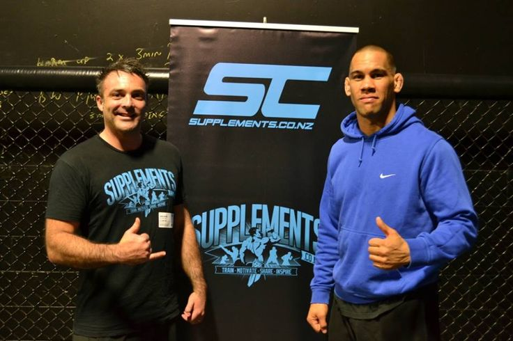 Supplements.co.nz owner Jason Dunhill hanging out with UFC fighter James Te Huna
