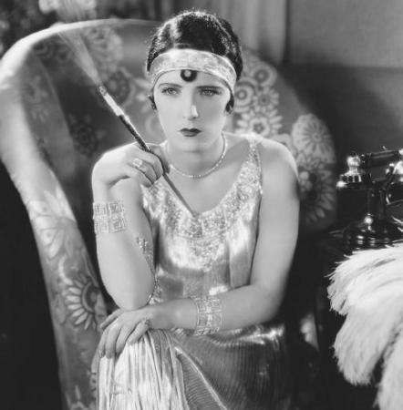 Flappers in the Roaring Twenties  ThoughtCo