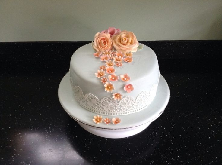 Practise with roses and lace