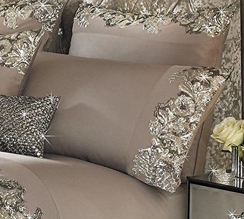 Bring A Touch Of Glamour To Your Bedroom With These