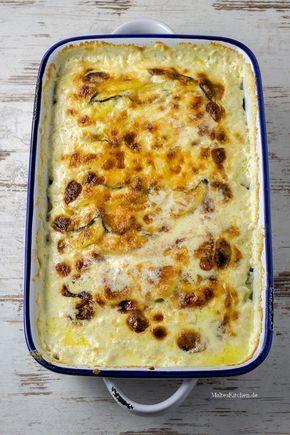 Zucchini-Kartoffel-Gratin mit Käse überbacken.   malteskitchen.de