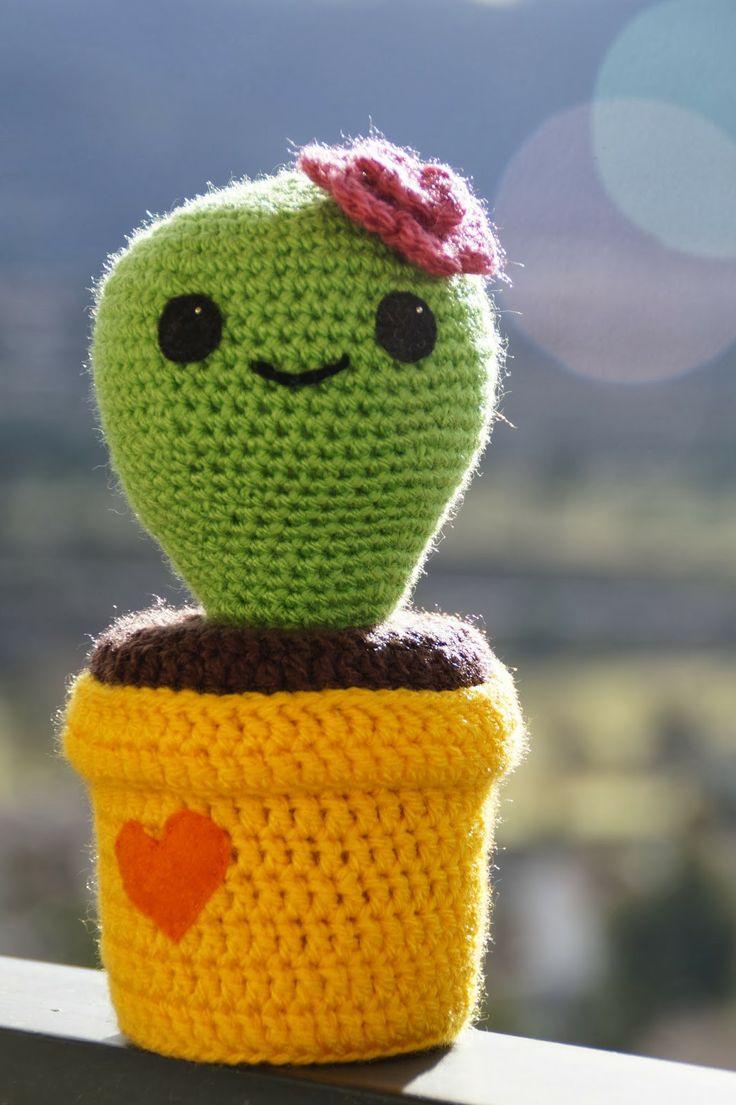 Tecnica Amigurumi Cactus : 100+ ideas to try about Craft Fair Craft fair displays ...