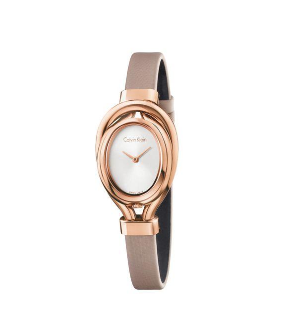 Затянуть пояса: ревизия актуальных тренчей. Часы из стали с PVD-покрытием из розового золота на атласном ремешке, 18600 руб., Calvin Klein Watches&Jewelry