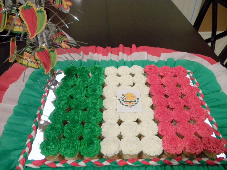 Mexican flag made with mini cupcakes for 5 de Mayo celebration