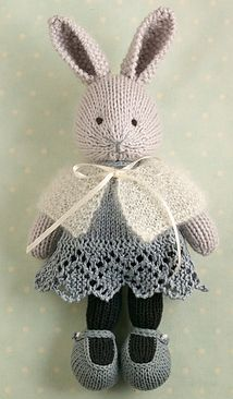 Boy bear pattern by Julie WilliamsSusan Evanoff