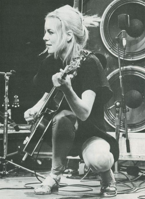 Tina Weymouth - Talking Heads