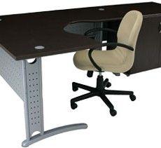 Mesa Atendimento Delta - 41 3072.6221 | 9884.2766 http://www.lynnadesign.com.br/categorias/mesas-escritorio/
