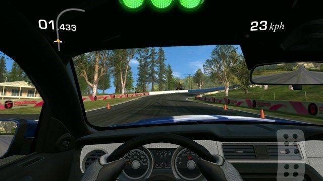 Real Racing 3 é o melhor jogo de corrida sério que você pode ter em um dispositivo mobile