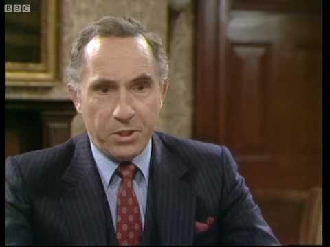 Earn your honours - Yes, Minister - BBC