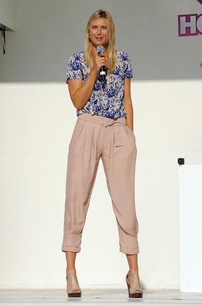 Maria Sharapova launches Hot Shots