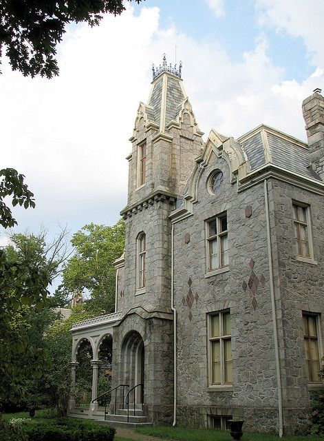 4078 best victorian homes inside out images on for Victorian manor house