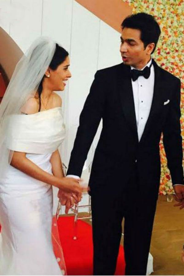 Just in: Asin Thottumkal marries Rahul Sharma in an INTIMATE church wedding today! #asin #rahulsharma