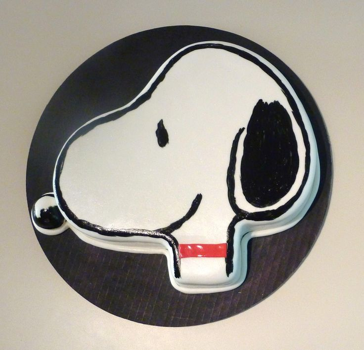 snoopy cake  | Creative Crumbs: Snoopy Birthday Cake