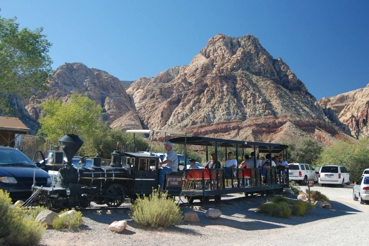 Bonnie Springs Ranch is a wild west themed attraction complete with an authentic old western town featuring cowboy shows, gift shops, museums, a petting zoo, restaurant, bar/saloon and horseback/pony rides, just outside of Las Vegas near Red Rock Canyon. #vegas