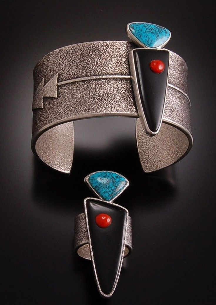 """Ring & Cuff 