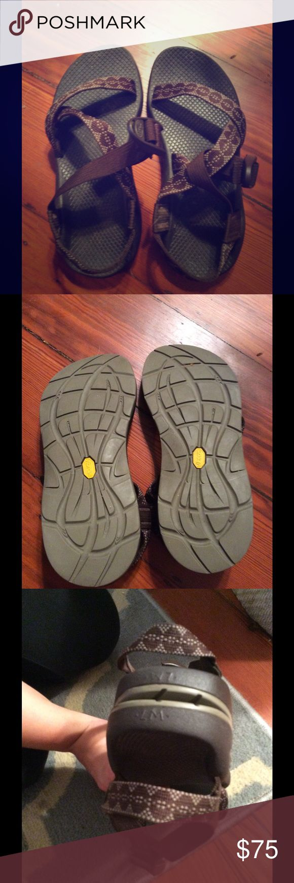 Women's Authentic Chacos Sandal Gently used women's chaco's. very well taken care of with no flaws. Very much open to offers! Chacos Shoes Sandals